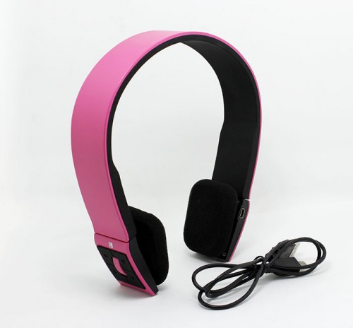 bluetooth headphone with logo